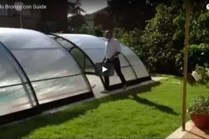 video copertura piscina modello bronzo con guide 600x400 1
